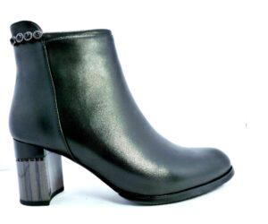 ghete-dama-elegante-EPICA-C528-0606-01
